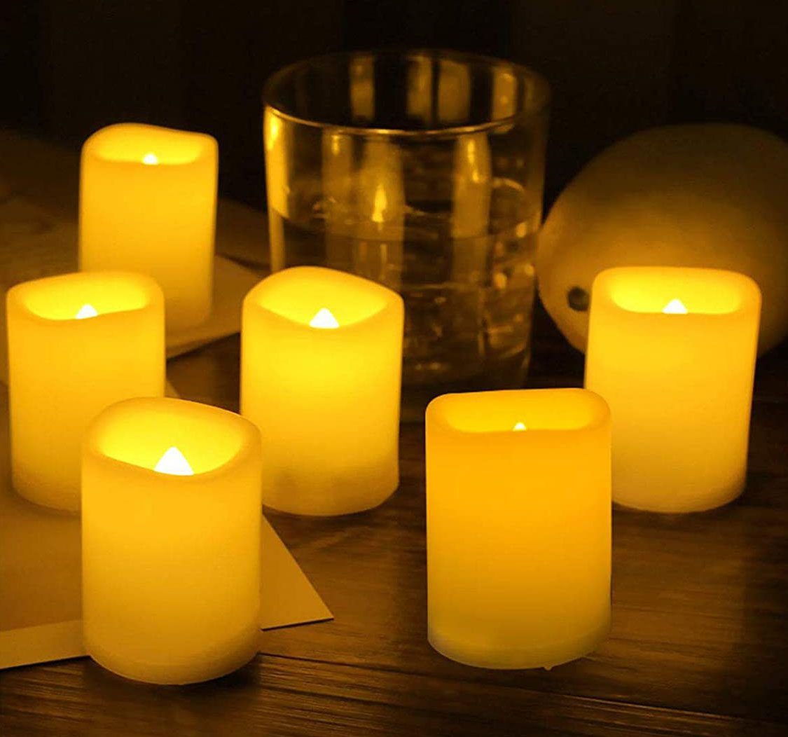Flameless Flickering Candle set of (8)